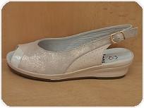 a+w shoes 7089/Cena 899 Kč