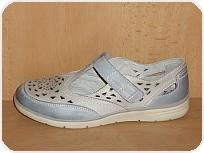a+w shoes 6439/Cena 999 Kč