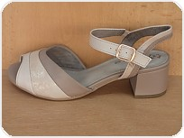 a+w shoes 7019/Cena 899 Kč